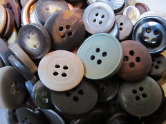 A pile of buttons